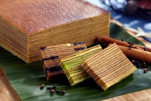 Best Kueh Lapis Batam La Moist Layer Cake Batam Best Batam Layer Cake Review